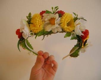 Flower headpiece, floral wreath, flower crown, bridal hair accessories, wedding crown, party, celebration, original present, flower halo