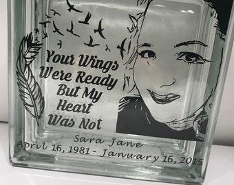 Memory glass block