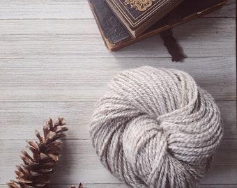 Natural Alpaca and Finn Wool Yarn -- Worsted Weight -- 150 yards -- Beautiful Natural Color