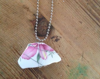 Recycled Vintage Floral China Necklace