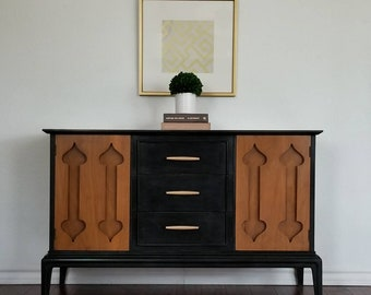 SOLD***Vintage Mid Century Modern Buffet/Cabinet *Local Pick Up Only