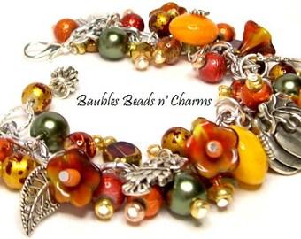 Fall Charm Bracelet, Fall Jewelry, Autumn Beaded Charm Bracelet Jewelry, Floral Pumpkins Fall Charm Bracelet