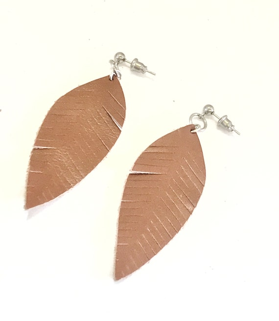 Leather Earrings, Brown Leather Earrings, Leather Dangles, Leather Leaf Earrings, Southwestern Style, Country Girl Style, Leather Style
