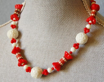 Vintage 1930s Glass and Metal Bead Necklace Red and White