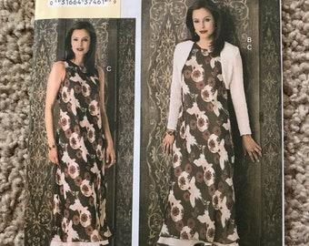 Vogue V7823 Today's Fit Dress Pattern Misses/Misses Petite