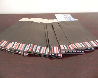45 Black kraft pockets 7 x 12 cm decorated with masking tape with vertical lines