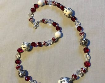 Holiday Cheer glass bead necklace