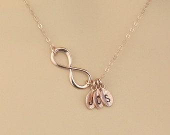 Personalized Rose Gold Infinity Necklace, Initial Bridal Gift for Mother and Sisters, Bridal Party Gift, Gold Anniversary Jewelry Gift