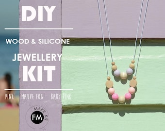 Necklace Kit//Jewellery Kit//Party activities//Gifts For Her//Pink//Mauve Fog//Baby Pink and Natural Wood beads