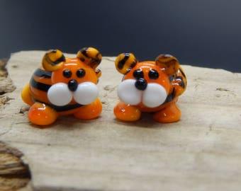 Tiger Cubs,  Lampwork Bead Pair, Simply Lampwork by Nancy Gant, SRA G55