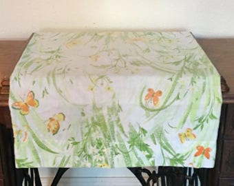 Vintage Pillowcase / Butterfly Floral