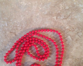 Red continuous loop necklace