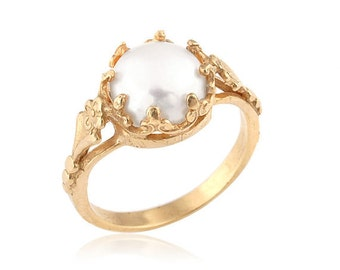 Gold Pearl Ring, 18k Gold Pearl Engagement Ring, Anniversary Ring, Vintage Style, Women's Gift, Unique Engagement Ring, Pearl Ring