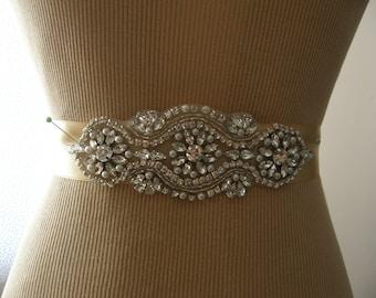 SALE / Wedding Belt, Wedding Sash Belt,  Bridal Belt, Bridesmaid Belt, Sash Belt, Bridal Sash, Belt, Crystal Rhinestone & Pearl