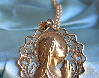 18K Gold Spanish Blessed Mother Mary Medal Necklace Art Nouveau Initials AM Vintage Catholic Jewelry Religious Jewelry Virgin Mary Gift