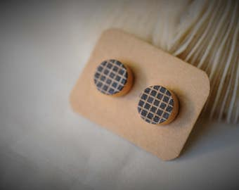 WOOD Earring, Basic Pattern - BOXES on Natural Wood, Stainless Steel Ear Post ~ 10 mm - Unisex / Casual / Minimalist