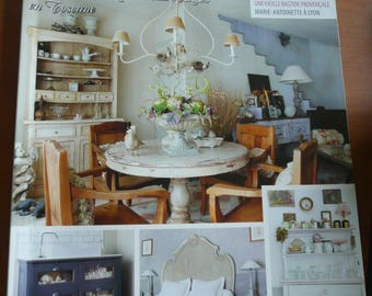 magazine : MAISON CHIC , decoration, flea market, shabby chic retro, creative furnishings, in french