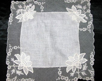 White Wedding Handkerchief for bride Something Old Lace Bridal Hanky White Linen Hankie