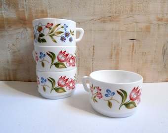 4 cups Arcopal France 1960