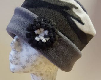 Lovely Warm Fleece Pill Box Hat in Gray Camoflage