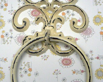 Fleur de lis Cast Iron Off White Cream FDL Wall Small Hand Towel Ring French Bathroom Kitchen Decor Paris Shabby Elegance Cottage  Chic