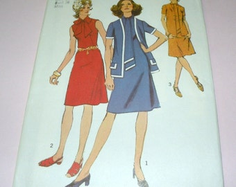 1971 Simplicity 9806 Dress and Cardigan size 14, Bust 36 Uncut and Complete