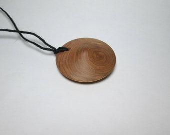 Nature jewelry: Juniper wooden pendant