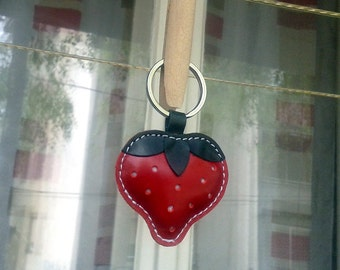 Cute Little Red Strawberry Handmade Leather Keychain - FREE Shipping Wordlwide - Handmade Leather Strawberry Bag Charm