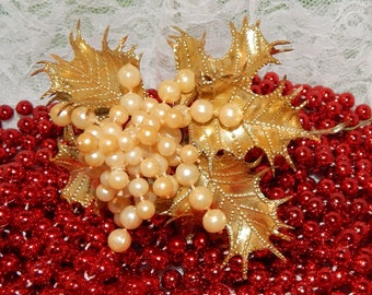 Antique Christmas floral Pick Gold Holly Leaves and White Plastic Berry Cluster Home decor
