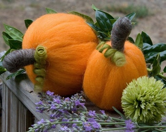 Needle Felted Pumpkins Twin Minature Pumpkin Sculptures Wool Fiber Pumpkin Sculpture