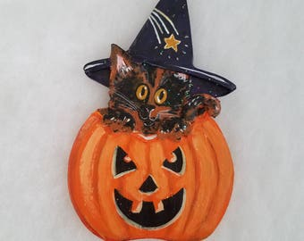 Halloween Cat Decor ~ Mini Wall Hanging or Magnet ~ Tortoiseshell Cat ~ Halloween Decoration ~ Cat Magnet ~ Jack o Lantern ~ Witch Cat