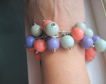 Summer Sorbet-Armband Vintage Lucite-Kugeln, Silberkette, klobige Armband,