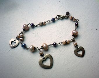 Pearl and Sterling Silver Heart Bracelet - Charm Style.