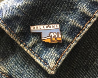 Vintage Oklahoma Enamel Lapel Pin (# T37) Hat Pin, Travel Pin, State