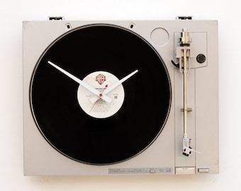 Recycled Sony Turntable Clock