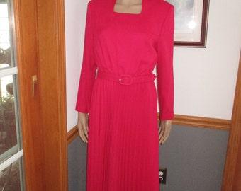 Womens Dress  Red-Long Sleeves- Belted -Pleated-Vintage Heury Lee Dress