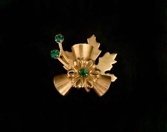 Vintage 30's Emerald Brooch        LV0028