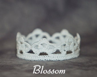 PATTERN - Crochet Crown - Blossom