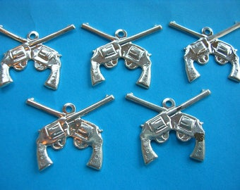 LOT 5 METALS CHARMS Silver: Colt 21mm