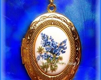 "Porcelain Little Texas State Flower BLUEBONNET Blue Bonnet Cameo Costume Jewelry Goldtone Locket Pendant Necklace Cameo w/ 18"" Chain Photos"
