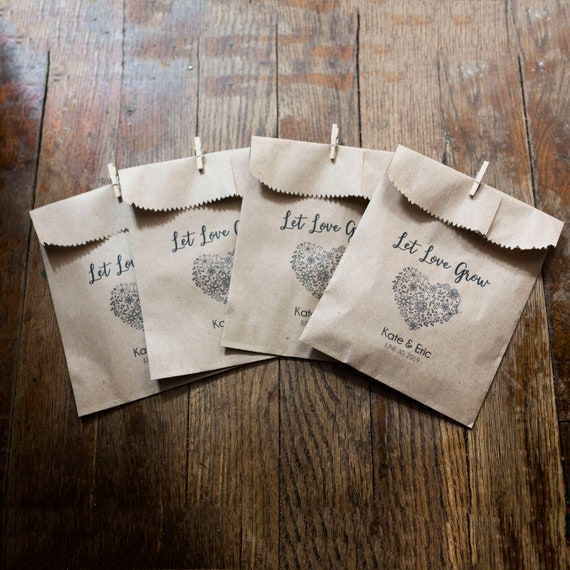 Personalized Seed Toss Bags- Wedding Favors - 4 x 6 in Kraft Paper Bags - Seed Wedding Favors, Bird Seed Toss, Personalized  bags
