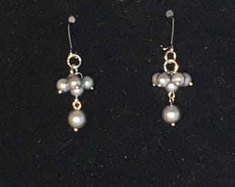 Pearl Earrings/ Gray Pearl Earrings/ Pearl Dangle Earrings