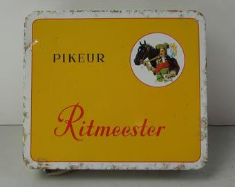 Antique Pikeur Ritmeester Tobacco Tin