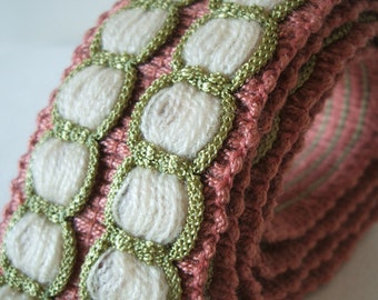 vintage woven trim in dusky pink, apple green and cream 1 yard perfect for DIY or upcycling project