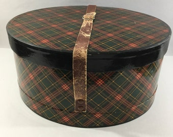 Oval, Hat, Box, Vintage, Red, Black, Green, Plaid, Equestrian, Style, Brown, Leather, Adjustable, Buckle, Strap, Handle, 14 x 12 x 7, Large