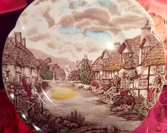 10 Inch Johnson Bros Olde English Countryside Plate