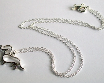 Dachshund Dog Necklace ~ Sausage Dog Necklace ~ Dog Jewellery ~ Dog Necklace ~ Dachshund Charm ~ Dog Lover Gift ~ Animal Jewellry