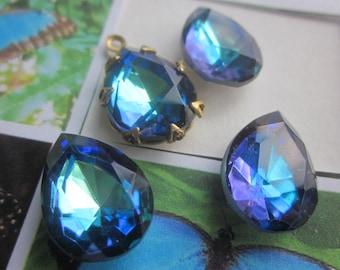 Vintage Bermuda Blue Teardrop Crystals