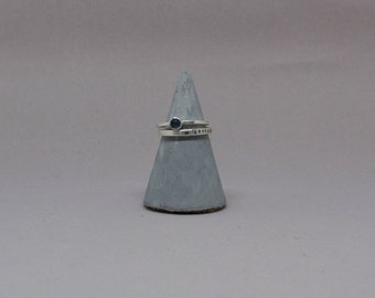 Concrete ring cone / cement ring holder / minimalist ring holder / ring stand / jewellery display