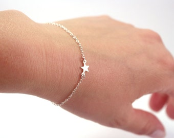 Dainty Silver Star Bracelet, Thin Silver Bracelet, Delicate Silver Bracelet, Silver Chain Bracelet, Simple Subtle Silver Star Jewelry